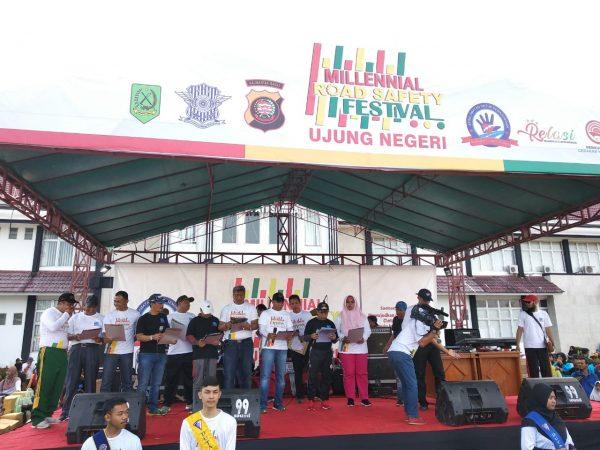 Ketua dan WK PA Sambas Hadiri Millenial Road Safety Festival Ujung Negeri